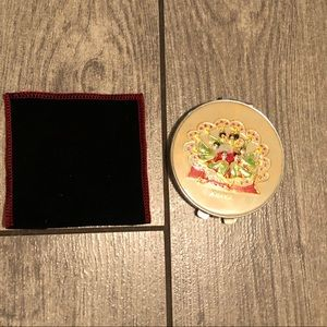 Compact mirror and protective sleeve